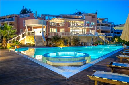 Gerakas Belvedere Luxury Suites & Spa