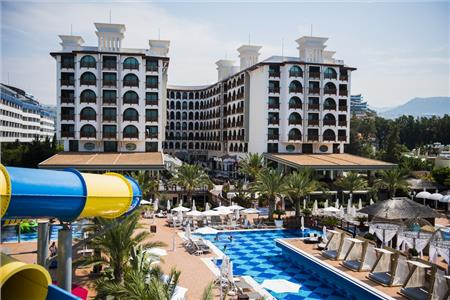Quattro Beach Resort