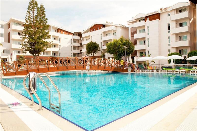 Side Resort