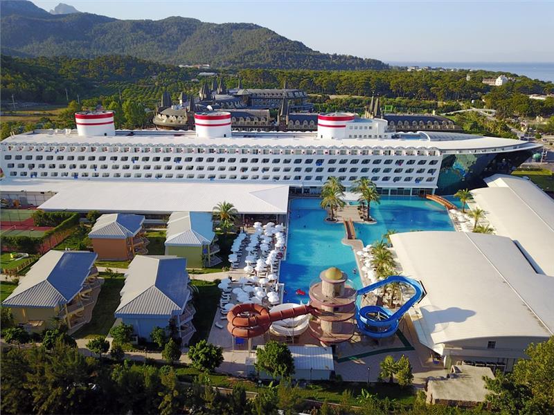Armas Transatlantik Hotel & Spa