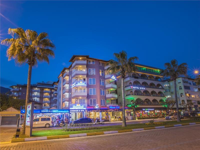 Hawaii Beach Suite Hotel