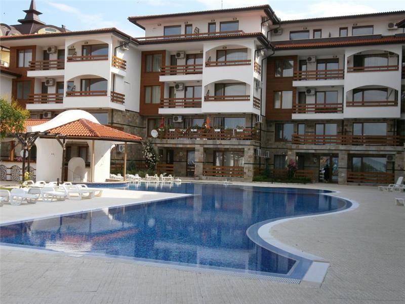 Robinson Beach Apartments