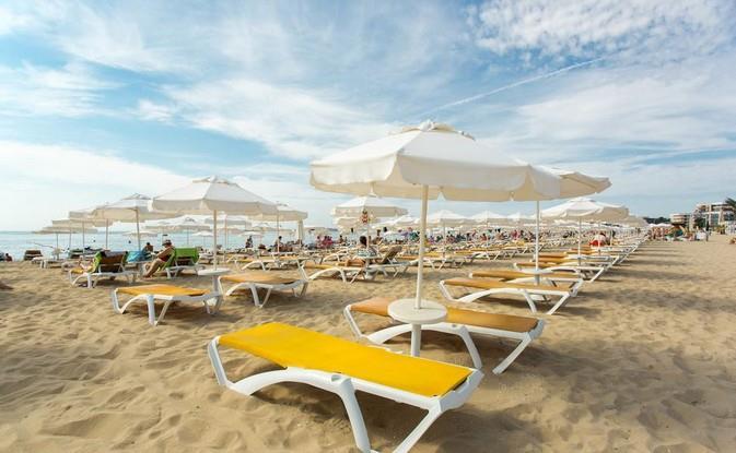Majestic Beach Resort